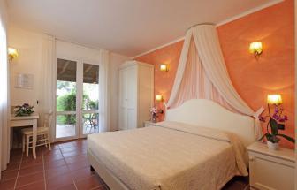 Doppelzimmer in der Ferienanlage bei Marina di Grosseto