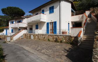 GIGL04 - Casa Blu in Campese - Einfahrt