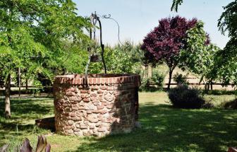 PARC01 - Bio-Weingut im Parco della Maremma - Brunnen