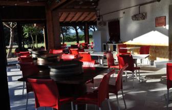 PARC01 - Bio-Weingut im Parco della Maremma - Restaurant Terrasse