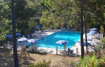 BONA01 - Feriendorf bei Bonassola - Pool