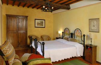 MURL01 - Kleine Ferienanlage bei Murlo - Il Piano Schlafzimmer