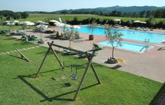 MURL01 - Kleine Ferienanlage bei Murlo - großer Pool