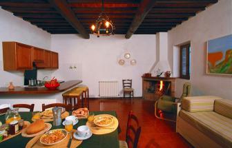 MURL01 - Kleine Ferienanlage bei Murlo - Wohnraum
