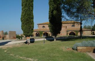 IST01 - Landgut bei Istia d' Ombrone - Aussenansicht