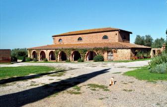 IST01 - Landgut bei Istia d' Ombrone - aussen 2