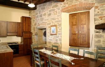 CORT09 - Villa Fontocchio bei Cortona - Esstisch 2