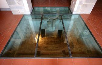 CORT09 - Villa Fontocchio bei Cortona - Glasboden