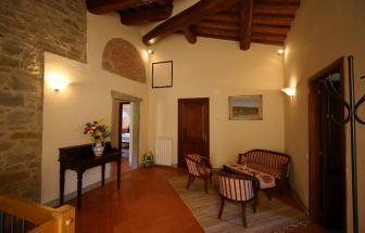 CORT09 - Villa Fontocchio bei Cortona - Flur