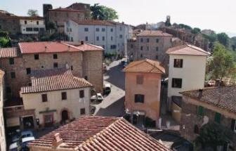 CAMP01 - Herrschaftliche Villa in Campagnatico - Ort 2
