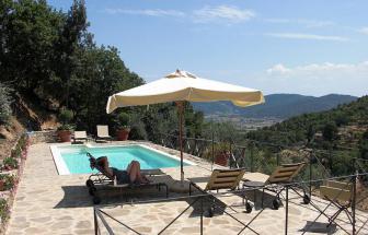 Villa_Valerie_piscina.jpf