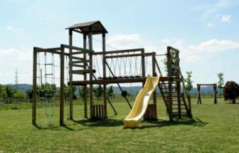 SUVE02 - Weingut bei Suvereto - Spielplatz