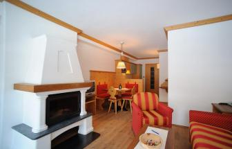 PUST01 - Familien-Wellness-Hotel im Pustertal - Montana Wohnraum