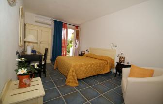 ELBA01 - Elba Hotel in Sant´Andrea - Zimmer Kategorie Deluxe