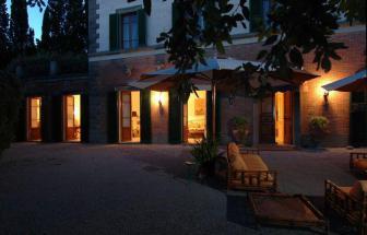 CORT06 - Villa Le Contesse bei Cortona - bei Nacht
