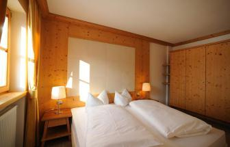 PUST01 - Familien-Wellness-Hotel im Pustertal - Familia Schlafzimmer