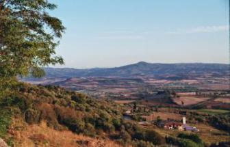 CAMP01 - Herrschaftliche Villa in Campagnat - Blick von Stadtmauer