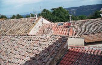 CAMP01 - Herrschaftliche Villa in Campagnatico - Blick über Dächer