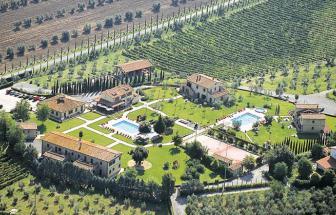 CECI01 - Kleine Ferienanlage bei Cecina - Luftaufnahme