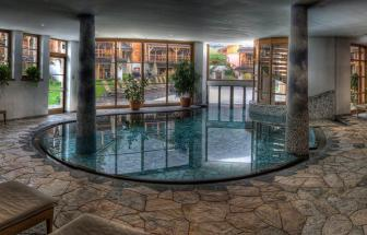 PUST01 - Familien-Wellness-Hotel im Pustertal - Pool