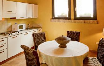 GROS05 - Casale Pozzino in der Fattoria bei Grosseto - Esstisch