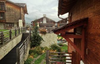 PUST01 - Familien-Wellness-Hotel im Pustertal - aussen 3