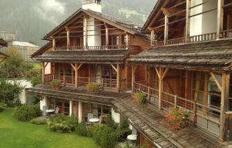 PUST01 - Familien-Wellness-Hotel im Pustertal - Chalets aussen