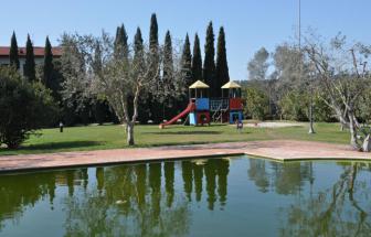 CECI01 - Kleine Ferienanlage bei Cecina - Spielplatz