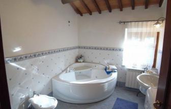 CORT08 - Villa Leccio bei Cortona - Bad