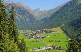 PUST02 - Familienhotel im Pustertal-Vals - Vals Dorf Sommer