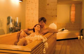 ULTE01 - Bio-Wellness-Hotel im Ultental - Wanne